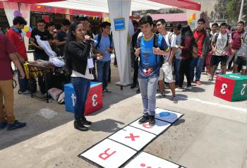 Thumbnail for the post titled: Voluntarios promueven ahorro del agua con juegos recreativos